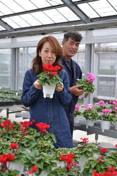 夢は叶う!明るい農業を後世に!! たくさんの人に支えられて 梅本恵子さん(43)=富山県砺波市